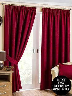 beaumont-blackout-pencil-pleat-curtains