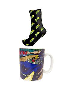 batman-vintage-print-mug-and-socks