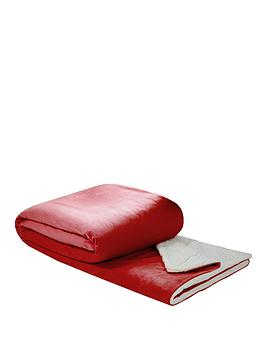 sherpa-fleece-blanket-red