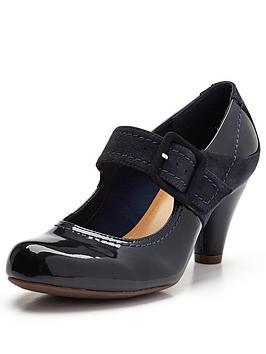 clarks-coolest-berry-bar-shoes