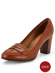 clarks-babble-basil-crimson-court-shoes