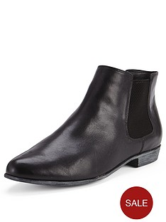 clarks-lolly-dawson-flat-chelsea-ankle-boots