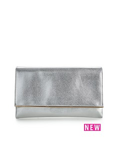metal-bar-detail-metallic-clutch-bag