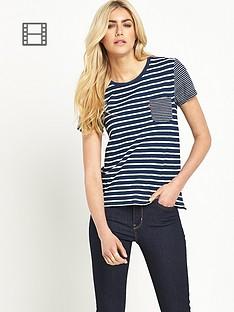 levis-perfect-pocket-t-shirt