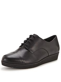 clarks-compass-fayre-thick-sole-brogues