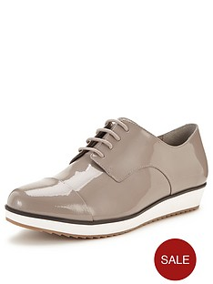 clarks-compass-fayre-mushroom-thick-sole-brogues