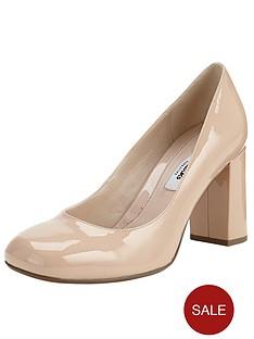 clarks-gabriel-mist-block-heeled-court-shoes-nude