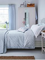 Fledgling Bedspread