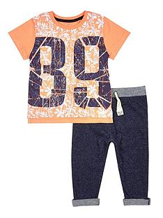 river-island-mini-boys-89-tropical-t-shirt-and-jogging-set