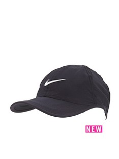 nike-young-boys-featherlight-cap
