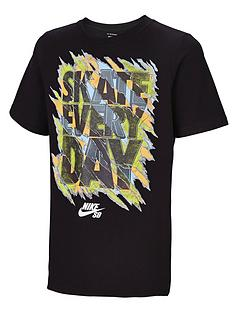 nike-sb-older-boys-ripped-slogan-tee