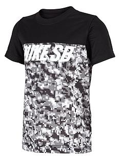 nike-sb-younger-boys-mesh-blocked-dri-fit-t-shirt