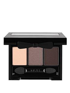 nyx-love-in-rio-eye-shadow-palette-no-tan-lines-allowed