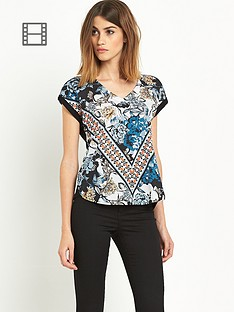 warehouse-folk-utility-placement-t-shirt