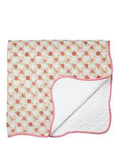 julie-dodsworth-rose-cottage-bedspread