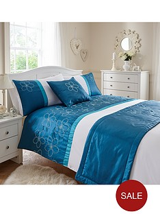 http://media.very.co.uk/i/very/B892P_SP250_61_6DRYQ/floral-bed-in-a-bag.jpg?$234x312_standard$&$roundel_very$&p1_img=sale_roundel