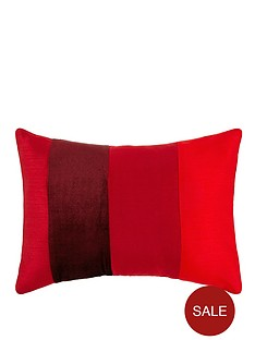 velvet-panel-cushion-red