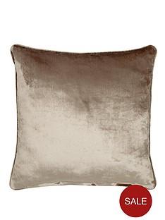 laurence-llewelyn-bowen-venezia-velvet-effect-filled-cushion