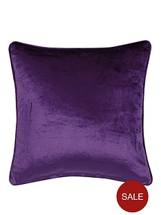 laurence-llewelyn-bowen-venezia-velvet-effect-filled-cushion
