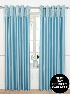 velvet-border-eyelet-curtains