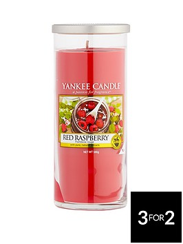 yankee-candle-large-decor-pillar-red-raspberry
