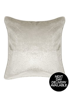 luxe-velvet-embossed-cushion