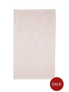 polka-dot-jacquard-towel-range