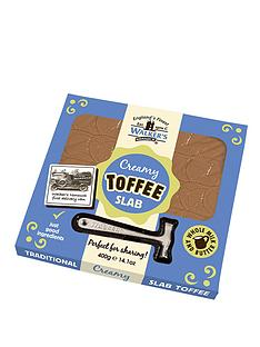 walkers-slab-of-original-toffee-with-hammer
