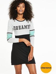 v-by-very-varsity-dreamer-sleepshirt