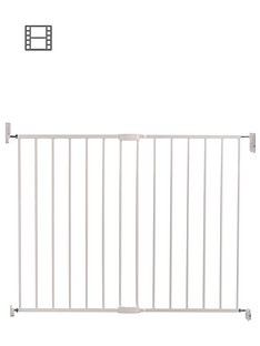 lindam-extending-metal-baby-safety-gate