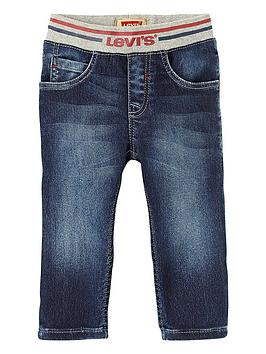 levis-pull-on-soft-jean
