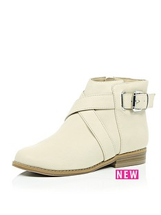 river-island-girls-flat-wrap-around-buckle-boots