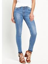 Frayed Hem Skinny Jean