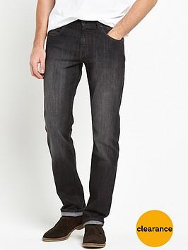 wrangler-regular-straight-jeans