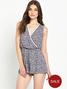 miss-selfridge-ditsy-lace-trim-playsuit-petite