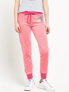 juicy-couture-logo-juicy-flag-slim-pant