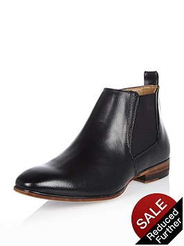 river-island-boys-chelsea-boots