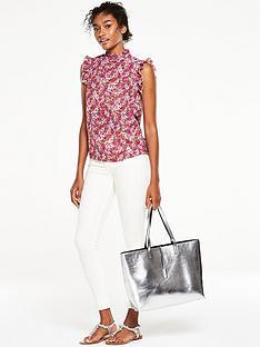 v-by-very-sleeveless-ruffle-print-blouse