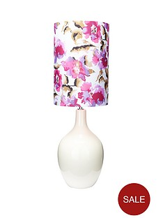 floral-shade-table-lamp