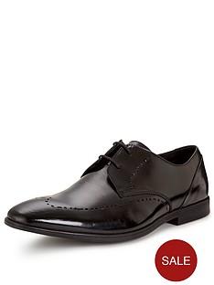 clarks-bampton-limit-formal-shoe-black