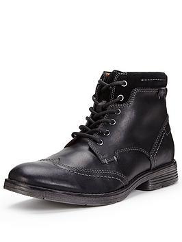 clarks-devington-hi-brogue-boot-black