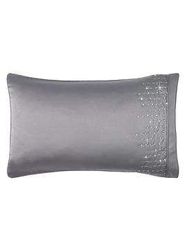 by-caprice-teardrop-pillowcases