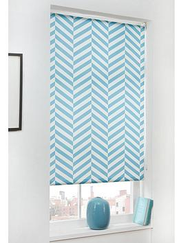 chevron-blackout-roller-blind