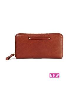 ugg-australia-jenna-zip-around-purse-deep-mahogany
