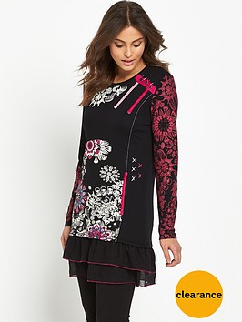 joe-browns-joe-browns-our-favourite-flattering-tunic