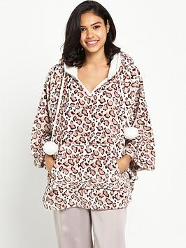 boux-avenue-cheetah-cape