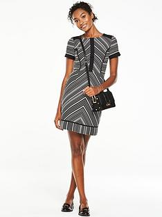v-by-very-short-sleeve-jacquard-dress-monochrome