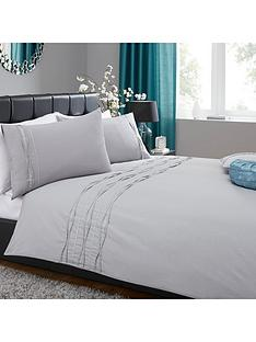 heat-set-sparkle-border-duvet-cover-set