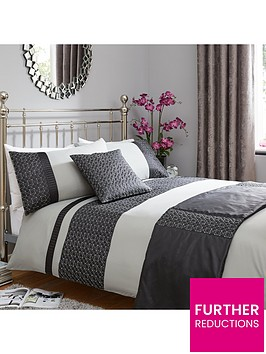 geo-quilted-border-bed-in-a-bag-greyblack