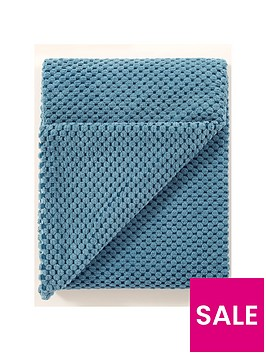 chenille-spot-throw